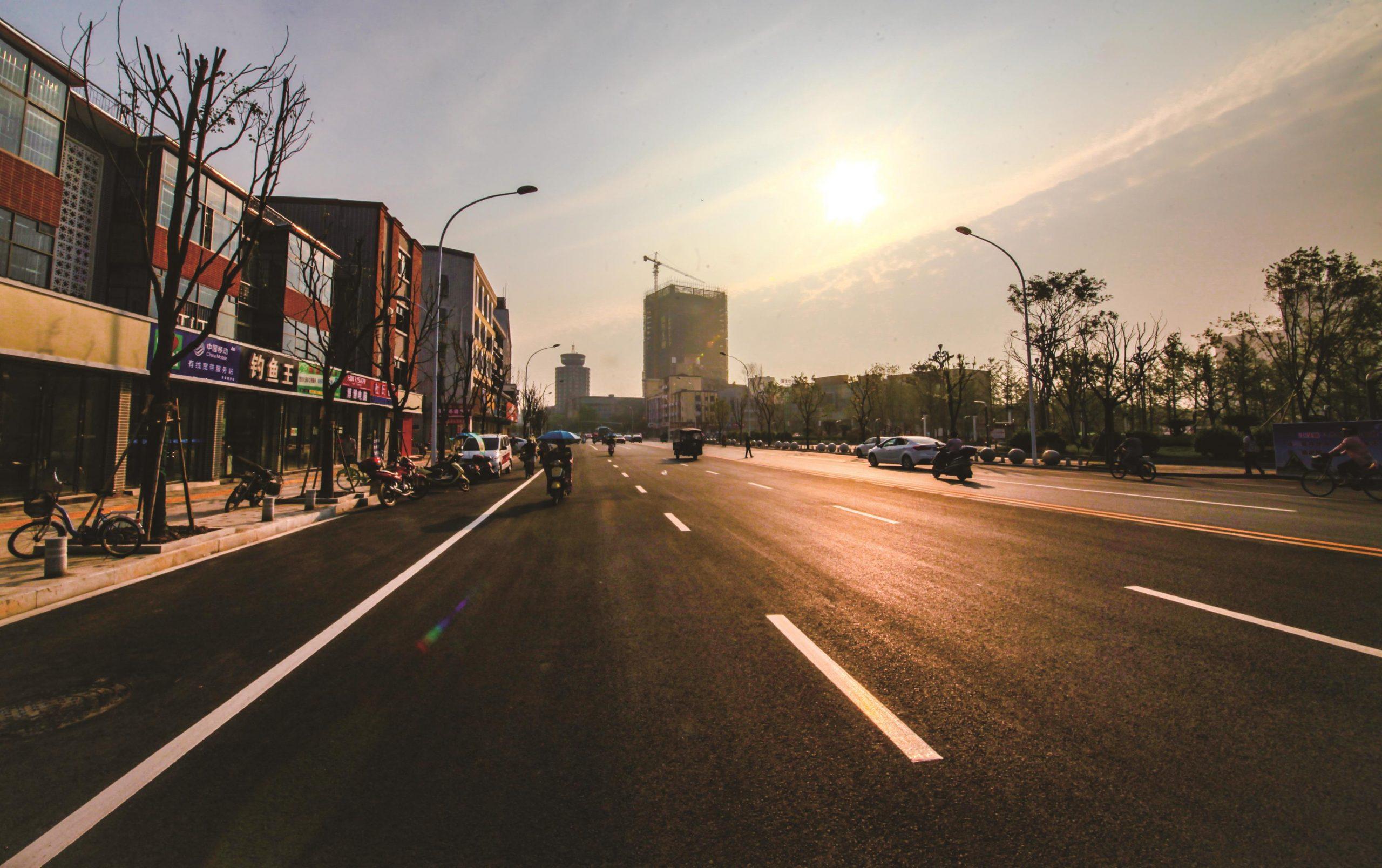 """潜江市""""城市双修""""建设项目-江汉路人行道改造工程"""
